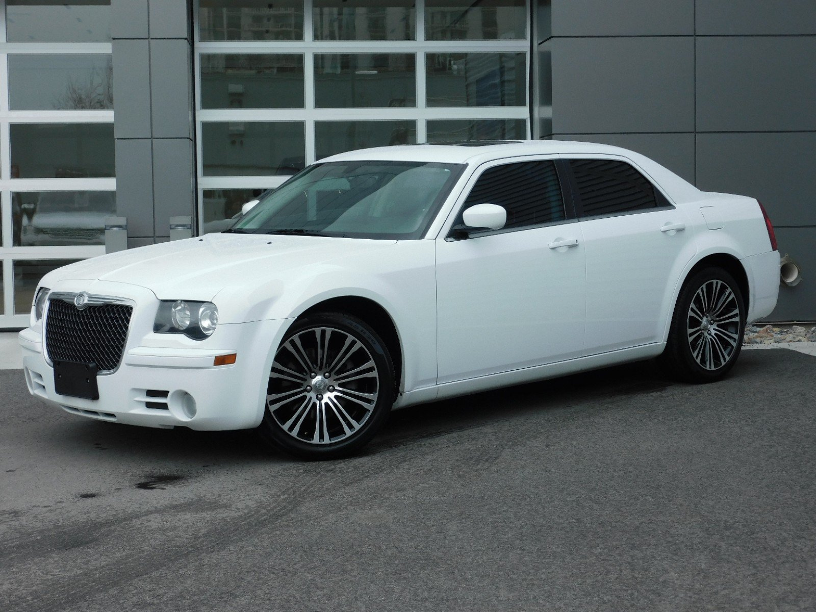Pre-Owned 2010 Chrysler 300 300S V6