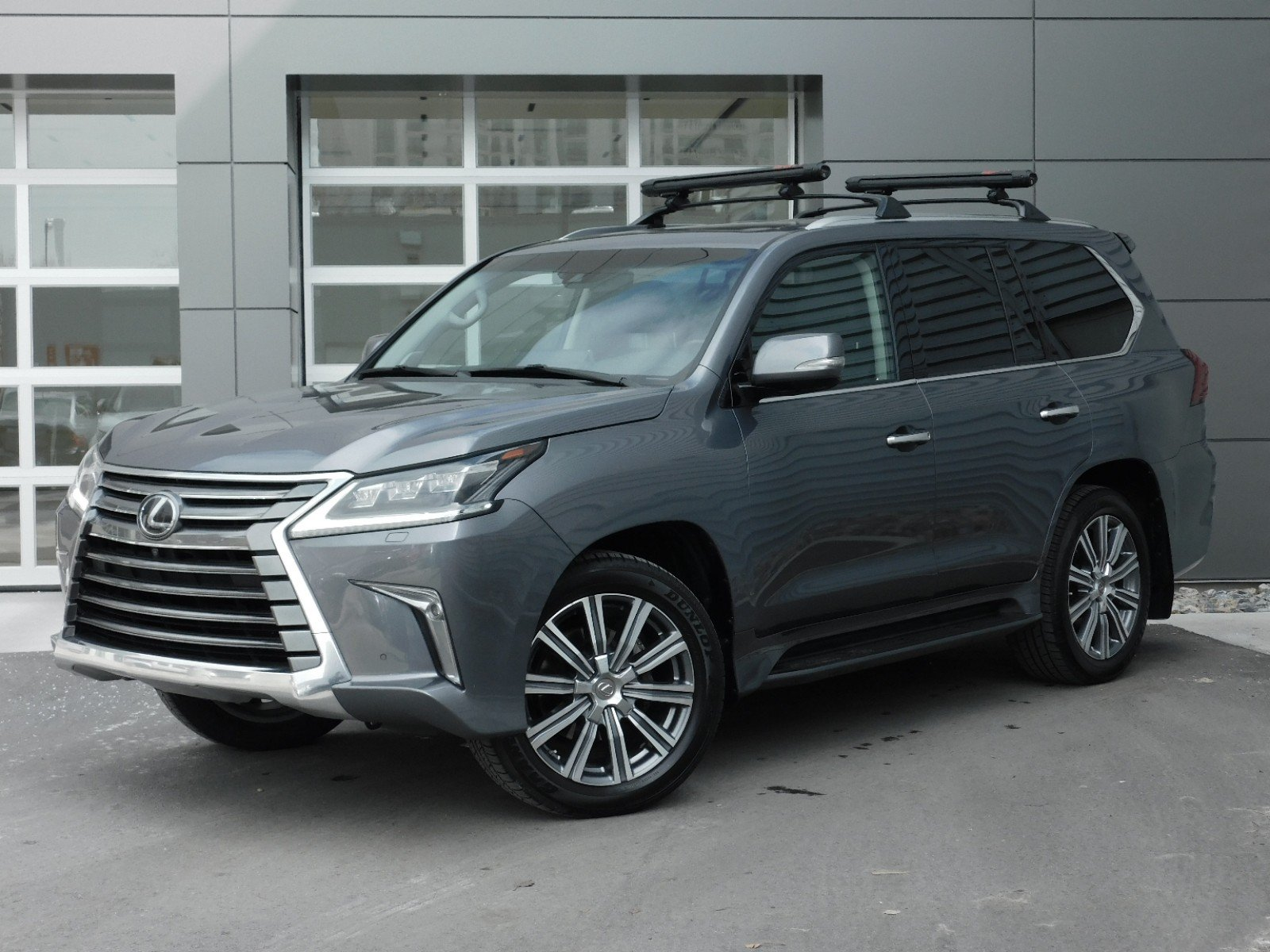 Pre-Owned 2016 Lexus LX 570 WAGON 4 DOOR