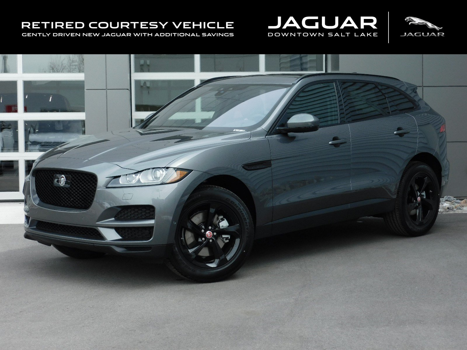 New 2019 Jaguar F-PACE WAGON 4 DOOR
