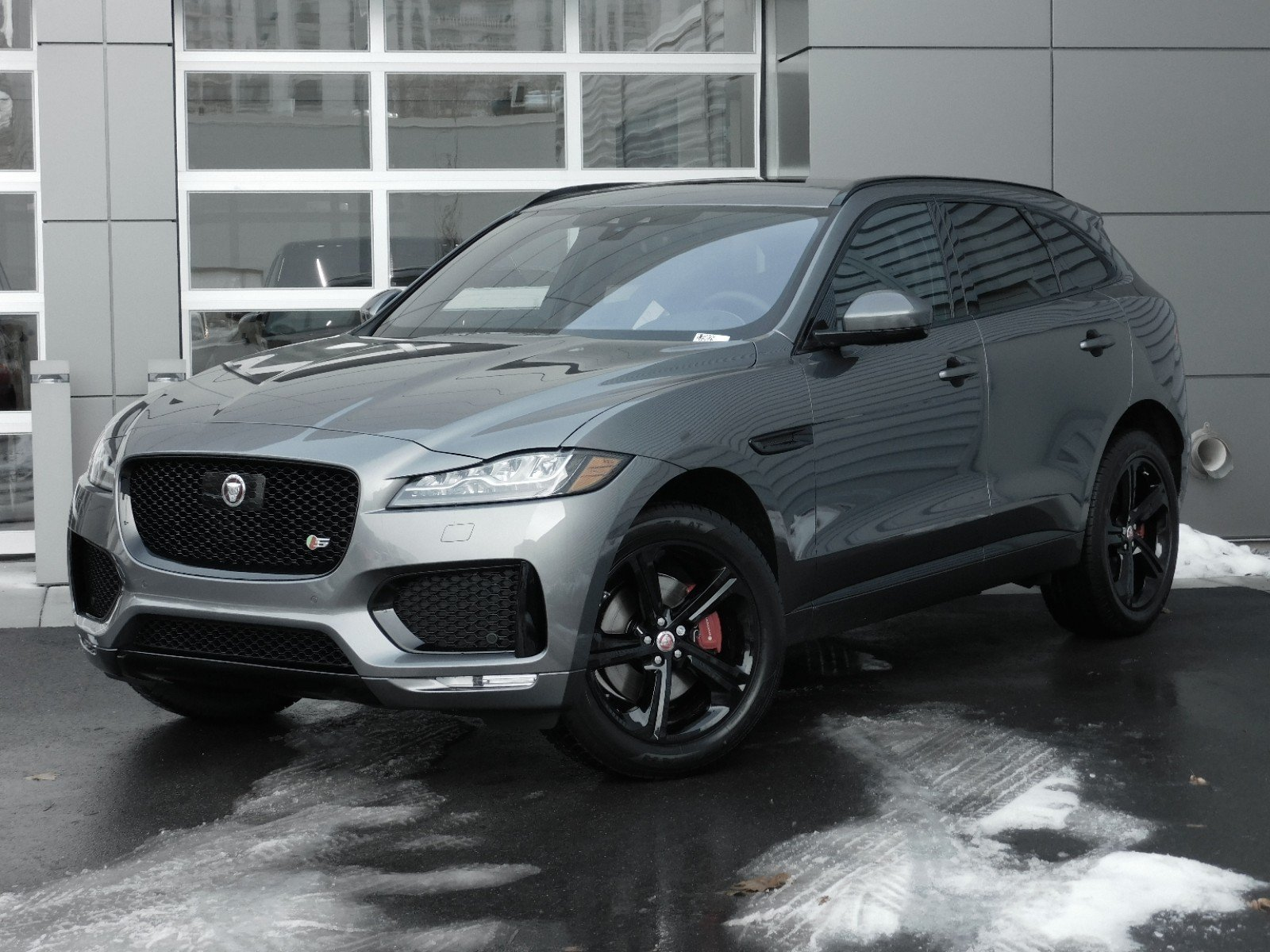 New 2019 Jaguar F-PACE S